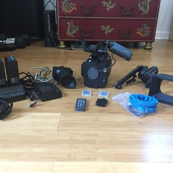 Rent Full Sony Fs7 Package with 20-110mm Zoom, Lens Mount, Multiple Lenses