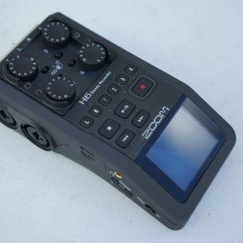 Rent Zoom H6 Sound recorder