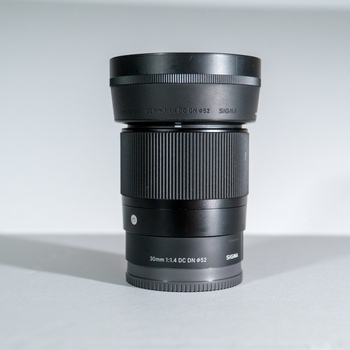 Rent Sigma 30mm F1.4 Contemporary DC DN Lens for Sony E