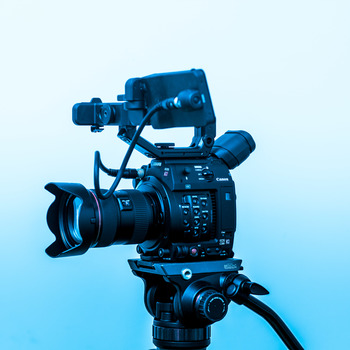 Rent Canon C200 Comprehensive Kit