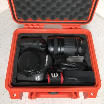 Rent Canon EOS 7D Kit w/ 18-135mm Zoom Lens, CF Cards, and Reader