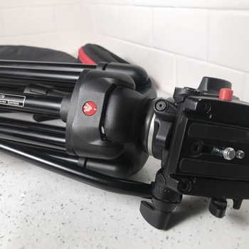 Rent Manfrotto Tripod with 701HDV Head