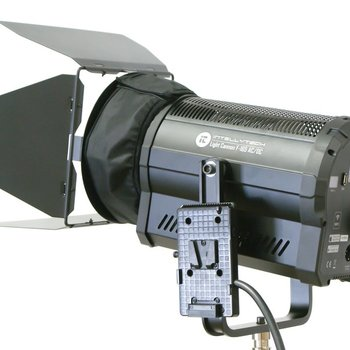 Rent 165 Watt LED Fresnel - Bicolor (with softbox)
