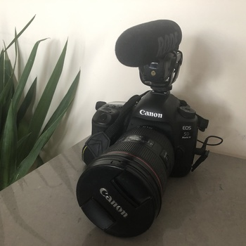 Rent 5D MK IV,  24-70mm f2.8L, 4 Lav mics, Tripod, 2 big lights, Shotgun Mic
