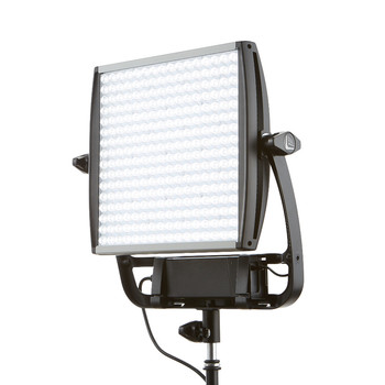Rent 1x1 Astra Led battery operated 6x daylight bicolored light