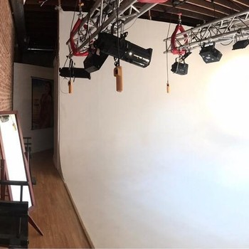 Rent Photo|Video|Sound|Casting|Rehearsal Studio Heart of Hollywood