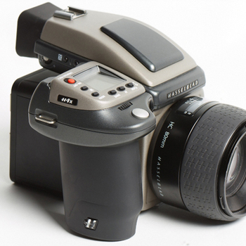 Rent Hasselblad H4x + Phase One IQ 280 80MP Back + 35mm + 80 mm +120mm + 50-110mm + 35-90mm + 150mm lens