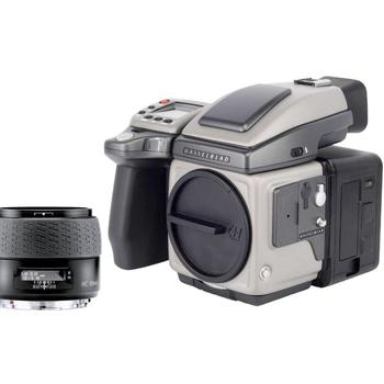 Rent Hasselblad H4x + Phase One IQ 140 40MP Back + 35mm + 80 mm +120mm + 50-110mm + 35-90mm + 150mm lens