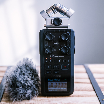 Rent Durable Zoom H6 Audio Recorder with Accessories
