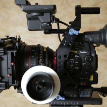 Rent CANON C300 MK1 | Pro Package | Canon CN-E Primes (1 of 2)