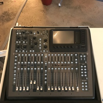 Rent Behringer X32 audio mixer