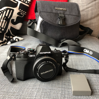 Rent Olympus OM-D E-M10 Mark III kit with 14-42mm EZ lens - Easy & Fun!