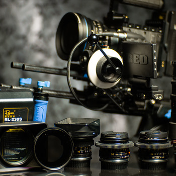 Rent *** RED DRAGON w/ LEICA-R LENS KIT and MOVI M10 *****