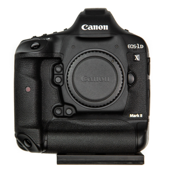 Rent Canon EOS-1D X Mark II with CFast Card