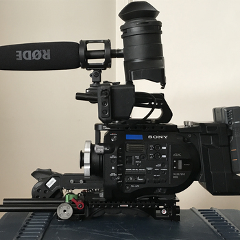 Rent Sony PXW FS7 Cinema kit includes PL Mount, Extension, BONUS Sun Gun, Lens Baby