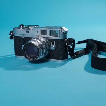 Rent Leica M4 35mm Rangefinder Camera - 50mm Leica Summicron 50mm f/2 lens