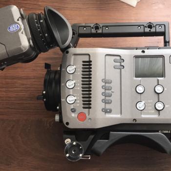 Rent ARRI Amira 4K Camera Kit / (PL Mount, Batteries, Media, Premium License)