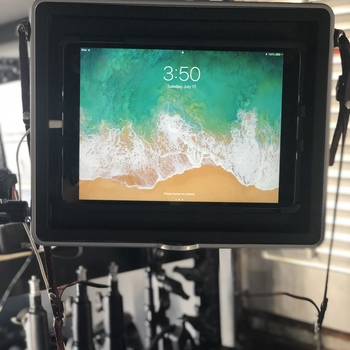 "Rent Apple Ipad 10.5"" 64gb RETINA - Teradek Serv / Teleprompter"