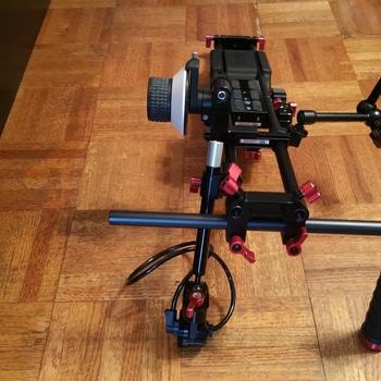 Rent Canon Eos C100, C300, C500 shoulder rig Zacuto