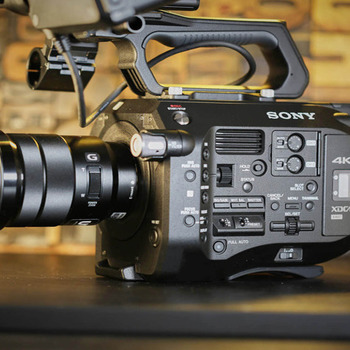 Rent Sony FS7 with Zeiss EF Lens Kit