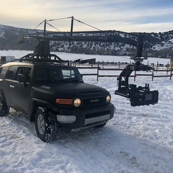 Rent Camera Chase Car - Russian Arm - Motocrane - The FLOOMBOOM