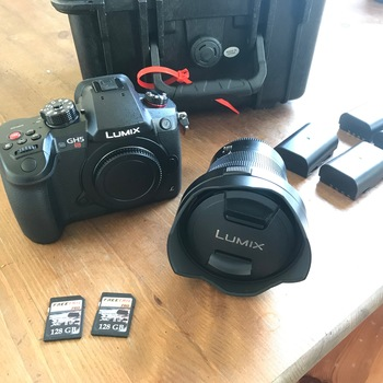 Rent PANASONIC LUMIX DC-GH5S DIGITAL CAMERA - Leica 8-18mm