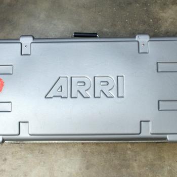 Rent Tungsten Fresnel 3-Light Kit - 1000W, 650W, 300W
