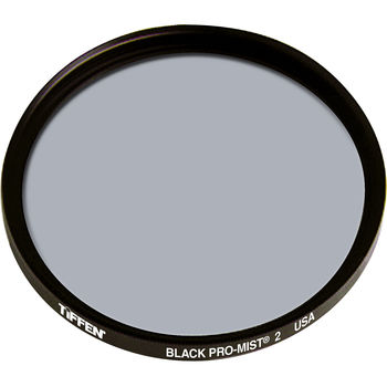Rent Classic film look with the Black Pro Mist 2 77mm filter
