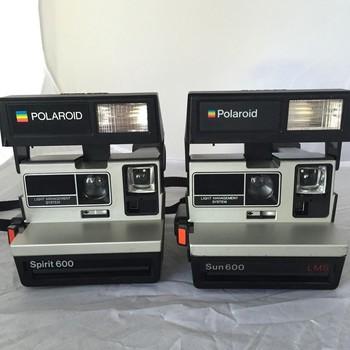 Rent 2 x Polaroid Spirit 600 Instant Camera
