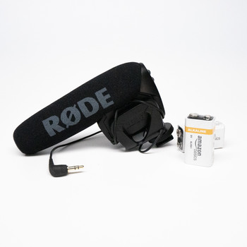 Rent Rode VideoMic Pro with Spare Batteries