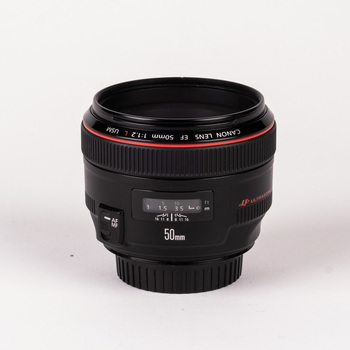 Rent Canon 50mm f/1.2L