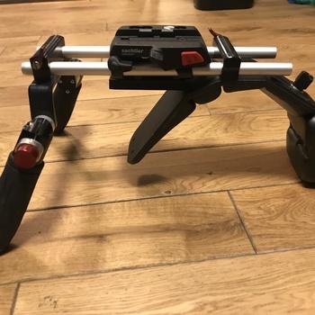 Rent SHAPE Composite F3 Shoulder Rig with Sachtler Ace baseplate