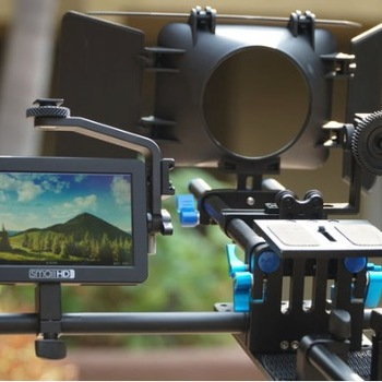 "Rent Shoulder Rig w/ SmallHD 5"" monitor, follow focus, matte box"
