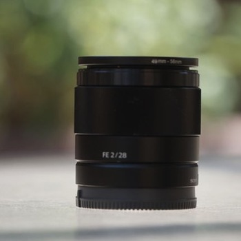 Rent Sony 28mm F2 w/ Variable ND filter