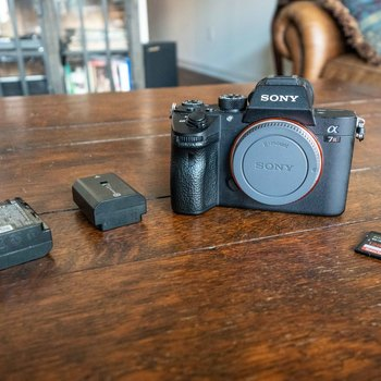 Rent Sony Alpha a7R III Mirrorless Digital Camera