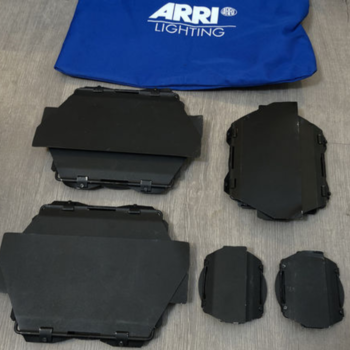 Rent ARRI 5-Light Kit (1900W) w/ Chimera Rings + Softbox + Scrims