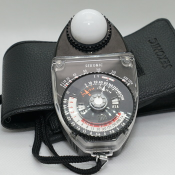 Rent Sekonic L-398 Studio Deluxe Light Meter