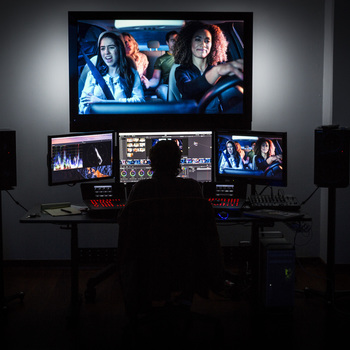 Rent Da Vinci Resolve Finishing Suite