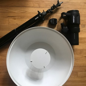 Rent PROFOTO B1X -COMBO - BEAUTY DISH - CANON REMOTE TTL - STAND - EXTRA BATTERY