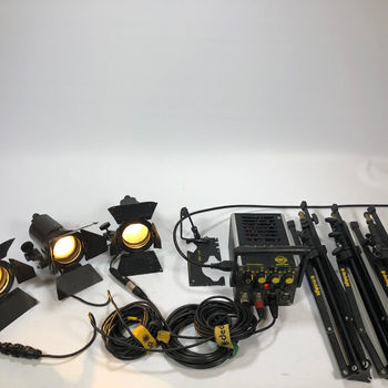 Rent Dedo 150W 3-Lamp Kit