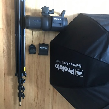 "Rent PROFOTO B1X COMBO W/ 3"" OCTA BANK, CANON REMOTE, STAND & EXTRA BATTERY"