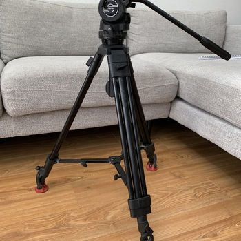 Rent Sony FS7 Speedbooster Kit with lenses, tripod, and lav kit