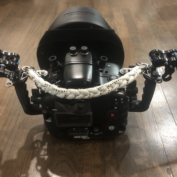 Rent Nauticam Canon 1DX Mk II Housing Kit