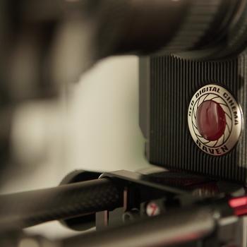 Rent RED RAVEN 4.5k Dragon sensor 16.5+ stops DNR