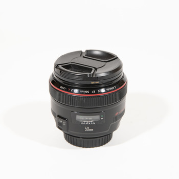 Rent Canon 50mm f/1.2 L Lens + UV filter + Soft Case