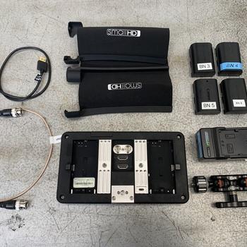 """Rent SmallHD 702 Bright 7"""" Monitor Kit"""