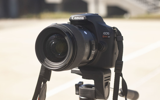 Rent A Canon Eos Rebel T7 1500 D In Brand New Condition In