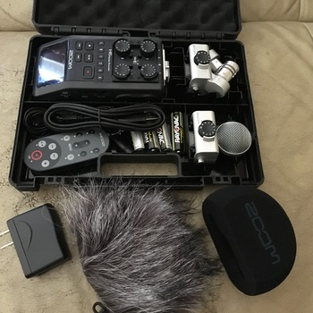 Rent Zoom H6 and accessories