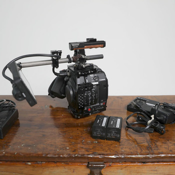 Rent C200B Kit + Lens + Monitor + Cards // Ready to Shoot!