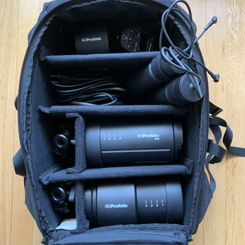 Rent Profoto B10 AirTTL Kit w/ TTL Remote for Canon & Extra (third) Battery!!